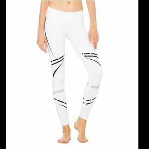 🆕 ALO Yoga Airbrush Legging